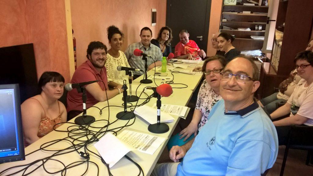 Programa30 Equipo de Nuestra voz con los entrevistados