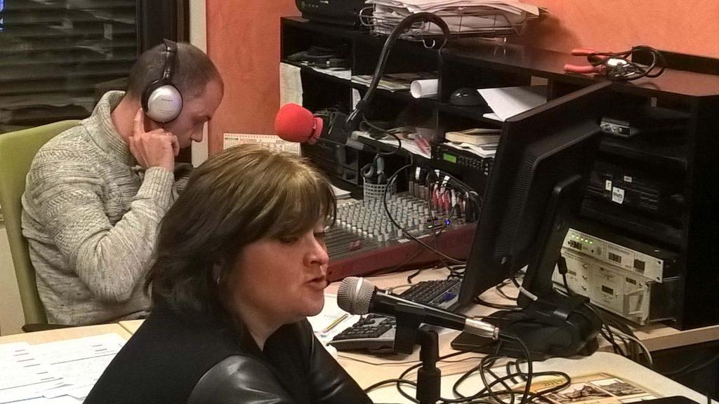 alcaldesa-y-responsable-radio-autol_dic16